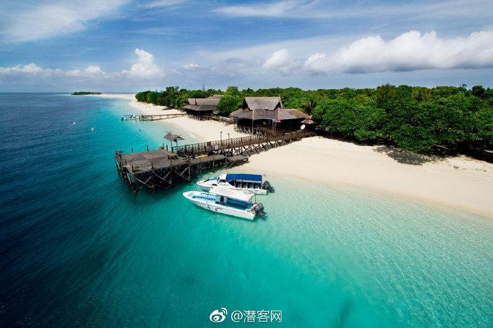 仙本那马达京岛景点全介绍|冬天,就该奔跑在浪漫的拖尾沙滩、潜入唯美三色海吧~